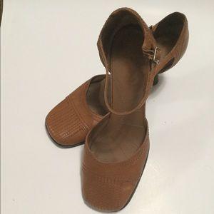 Leather Mary Jane